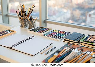 Desenhista, artista, equipamento, desenho, estúdio, local...