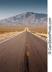 deserto, rodovia