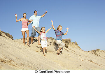 desfrutando, família, duna, baixo, executando, feriado, ...
