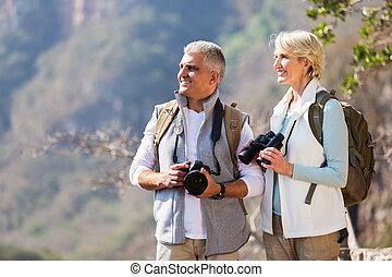 desfrutando, sênior, ao ar livre, hikers, atividade