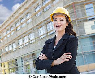 desgastar, difícil, jovem, contratante, local., construção, atraente, femininas, retrato, profissional, chapéu