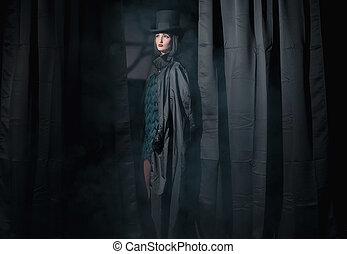 desgastar, ficar, mulher, feiticeira, entre, moda, pretas, hat., capa, curtains.