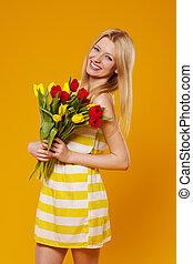 desgastar, mulher, buquet, tulips, jovem, sundress