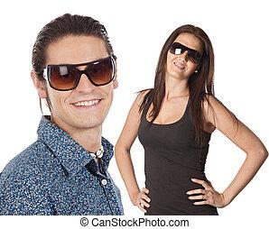 desgastar, par, óculos de sol, jovem
