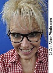 desgastar, retrato, loiro, mulher, óculos
