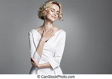 desgastar, senhora, jovem, glamour, trendy, vestido branco
