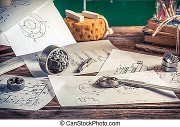 Design, drawing and measuring the mechanical part in the workshop