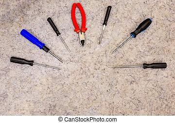 design engineering half-round set of hand tools screwdriver...