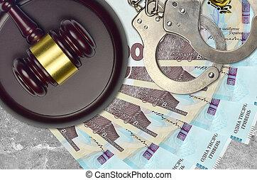 desk., action éviter, factures, impôt, menottes, concept, procès, bribery., juge cour, judiciaire, ukrainien, hryvnias, 1000, marteau, ou, police