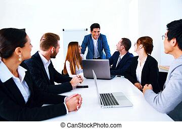 deska, setkání, businesspeople, sedění