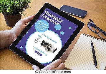 desktop, tablet, verzekering, comparator