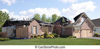 despeça casa, danificado, 2