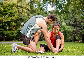 desporto, ferimento, -, ajudando dá