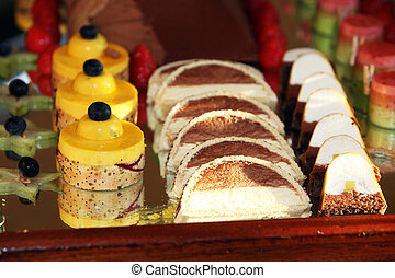 Dessert tray with decorative cakes
