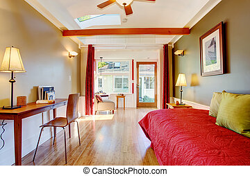 Detached small guest house vacation rental cottage. - Small...