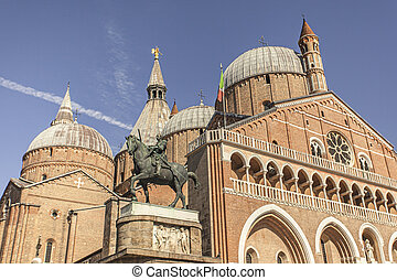 Detail of a St Anthony Cathedral in Padua, Italy 3