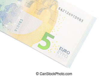 new five euro banknote back side