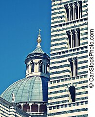 detail of siena cathedral
