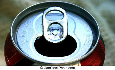 detail - open pop can lid
