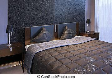 Detail sparkling bedroom