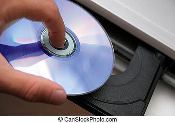 details insert CD on CD player