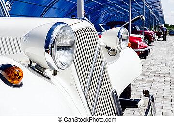 details on vintage cars