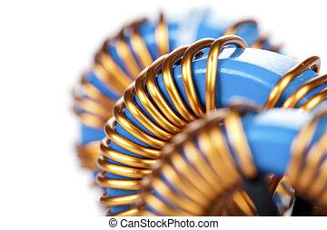 detalhe, visão close-up, de, três, industrial, toroidal, asfixias, bobinas