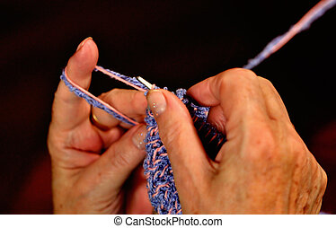 detalle, abuela, suéter, tejido de punto, lana, manos