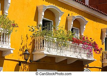 detalle, de, un, colonial, house., balcón, con, flores y...