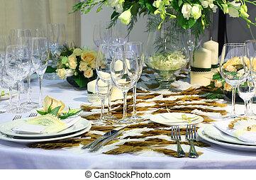 detalles, de, hermoso, tabla, conjunto, para, boda, cena, -, flores, placas, y, anteojos