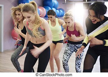 determinated, unge kvinder, flytte