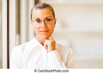 determined senior businesswoman