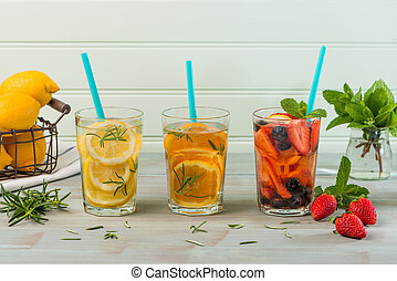 Detox water cocktails