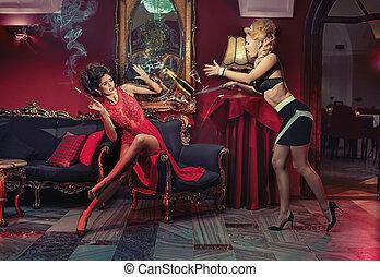deux, fête, retro, sensuelles, femmes