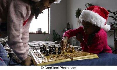 deux, intelligent, filles, en mouvement, morceaux échecs, sur, échiquier