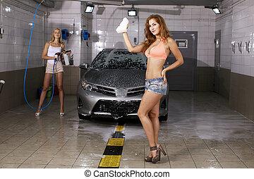 deux, lave, voiture, femmes, sexy