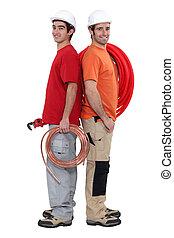 deux, plombiers