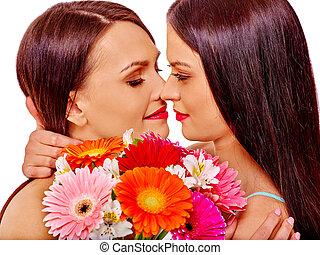 Sale lesbienne trio avec Abella Dangers et ses copines.