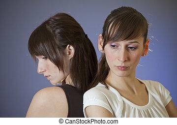 deux, triste, femmes