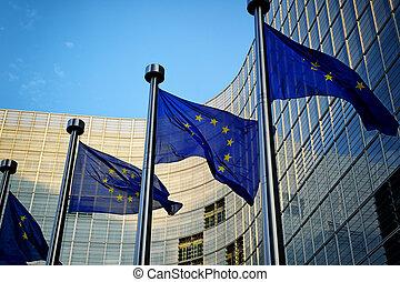 devant, commission, eu, drapeaux, européen