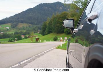 devant, voiture, vallée, garé, bord route