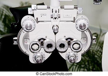devices in the clinic of the sight-testing