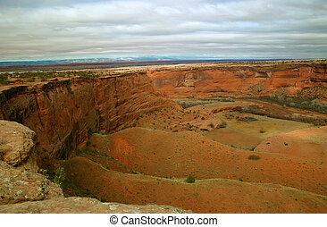 dezertál, kanyon