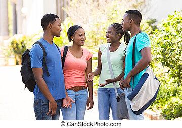 diákok, amerikai, afrikai származású, egyetem, beszélgető