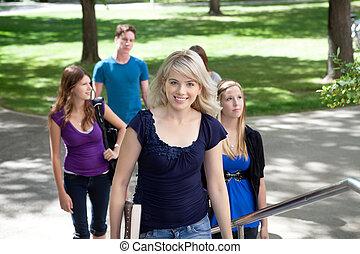diákok, egyetem