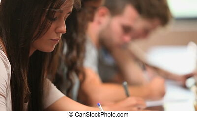 diákok, elzáródik, írás
