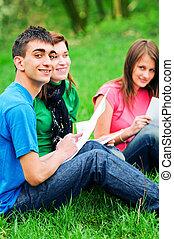 diákok, külső, fiatal, tanulás