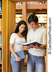 diákok, látszó, könyv, portré