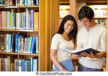 diákok, látszó, könyv