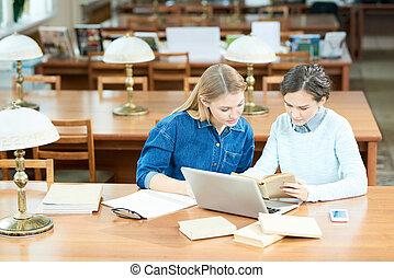diákok, lelet, elfoglalt, tudományos, tény